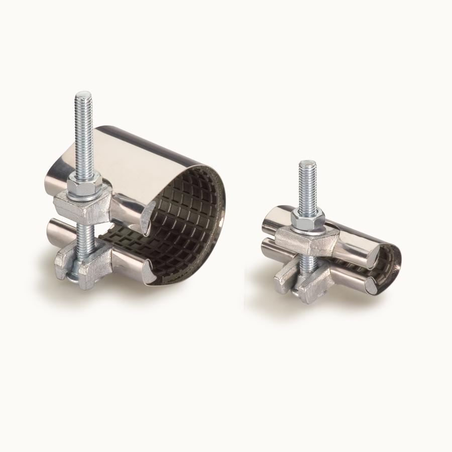 Зажим с односторонним уплотнением длиной 150 мм.,для труб диаметром 69-73  мм.